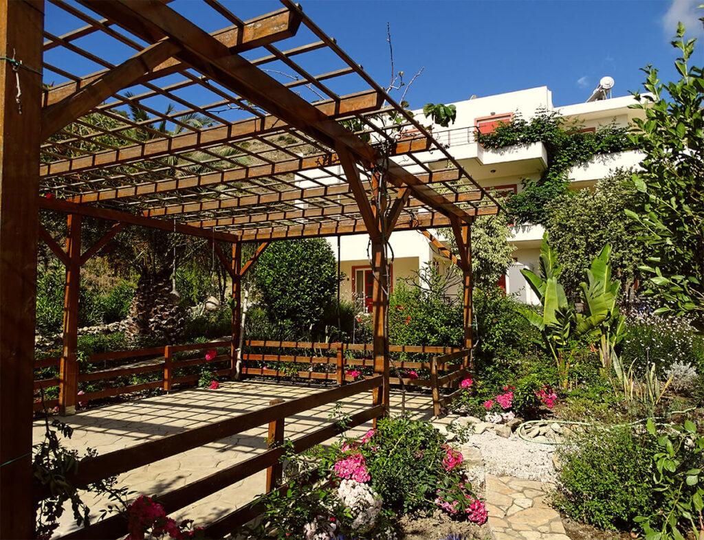 villa-dianthe-garden-2020-02